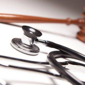 hukum-kedokteran-300x300